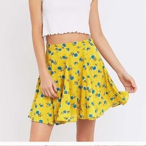 URBAN OUTFITTERS KIMICHI BLUE YELLOW FLORAL SKIRT